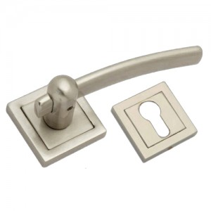 """Bealiah"" Zinc Handle with Rose"