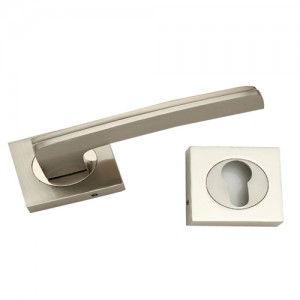 """Nimshi"" Zinc Handle with Rose"